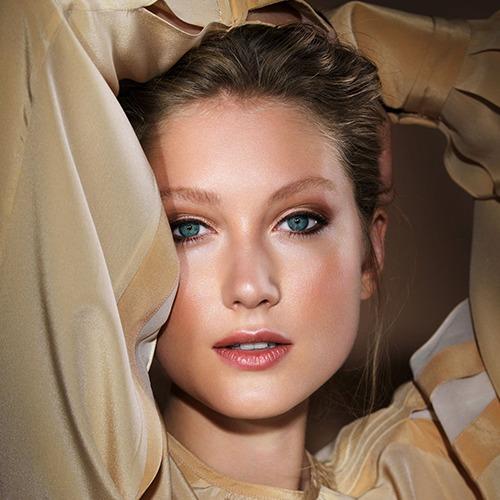 Arabesque Make-up Collection